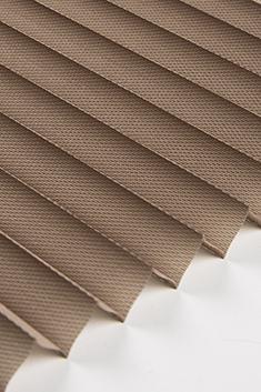 Açık Kahverengi Frezya Seri 15mm Cam Balkon Plise Perde