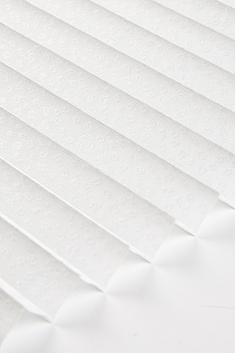 Beyaz Anemon Seri 15mm Cam Balkon Plise Perde