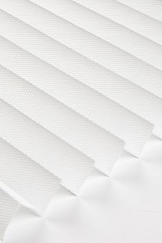 Beyaz Frezya Seri 15mm Cam Balkon Plise Perde