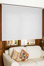 Beyaz Kırçıllı Screen Stor Perde