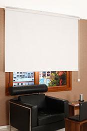 İkili Perde( Ön Beyaz Yaprak Desenli Dantella Serisi ArkaKırık Beyaz Blackout Stor)