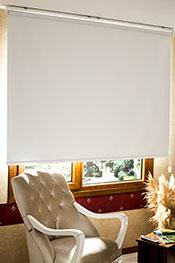 İkili Perde (Ön Beyaz Kelebek Desenli Deluxe Dantella Serisi Arka Kar Beyaz Düz Shiny Blackout )