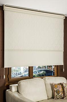 İkili Perde (Ön Beyaz Sarmaşık Desenli Tentene Tül Stor Perde Arka Krem Neo Classic Stor Perde)
