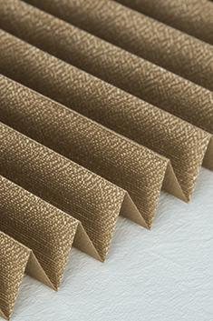 Kahverengi Klasik Seri 14mm Cam Balkon Plise Perde